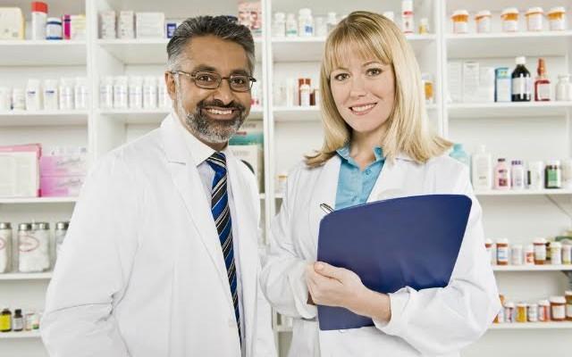 Hipolabor ensina: 9 dicas para o farmacêutico começar seu negócio