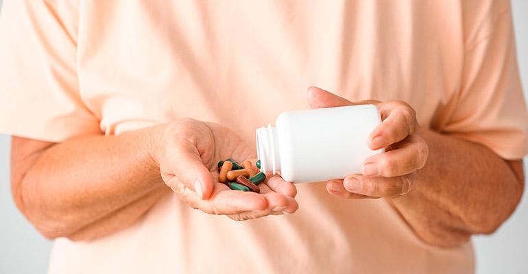 Hipolabor ensina: quais medicamentos não tomar com suspeita de dengue