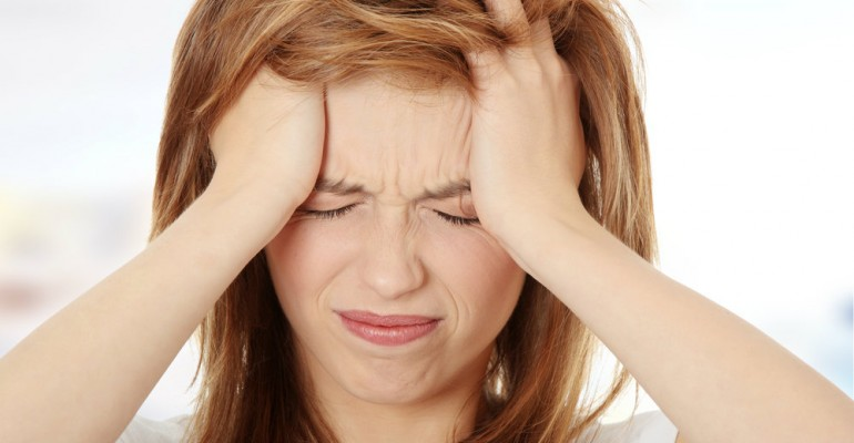 Hipolabor explica: entenda as causas da enxaqueca