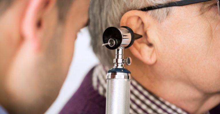 Hipolabor alerta: conheça as causas mais comuns da infecção de ouvido