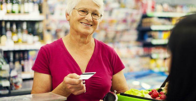 5 dicas para atender clientes idosos