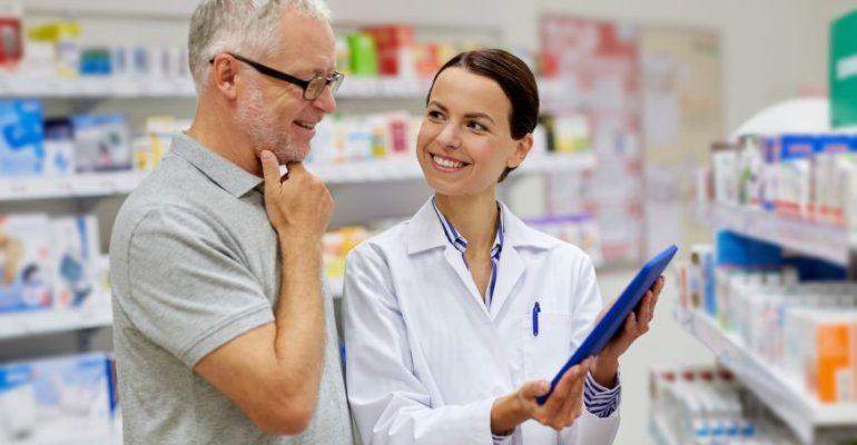 Aprenda como fidelizar clientes em sua farmácia