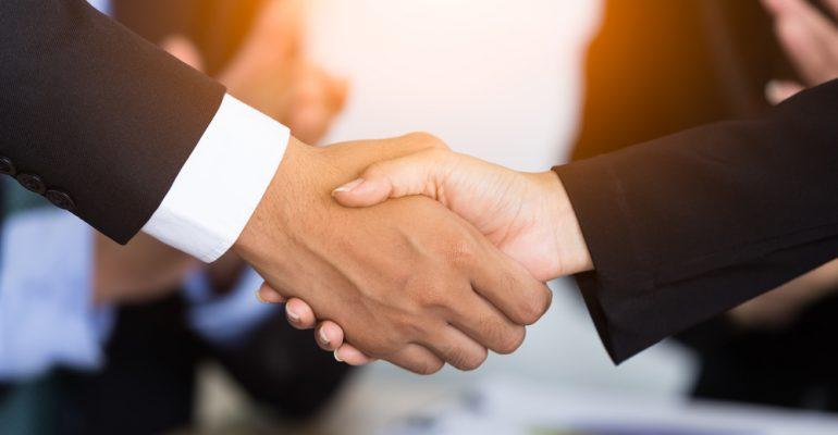 Guia do vendedor farmacêutico de sucesso: dicas matadoras para treinar sua equipe de vendas!